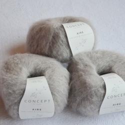 Katia Моточная пряжа Aire материал  суперкидмохер+ бэби альпака цвет pearl light grey 105