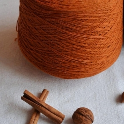 New Mill Пряжа на бобинах Victoria материал меринос цвет тыквы