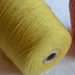 New Mill Пряжа на бобинах Ultra материал меринос+па цвет желтый