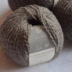 Casagrande Моточная пряжа Yak 90 материал як цвет  натуральный с серым 641