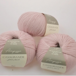 Casagrande Моточная пряжа Ampezzo материал меринос+ангора цвет розовая пудра 17